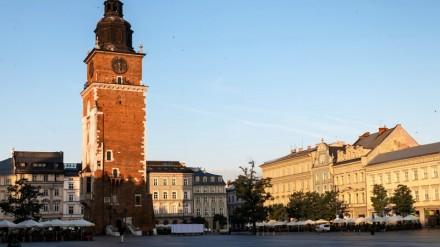 вежа ратуші в Кракові, площа ринок в кракові, сукенніце