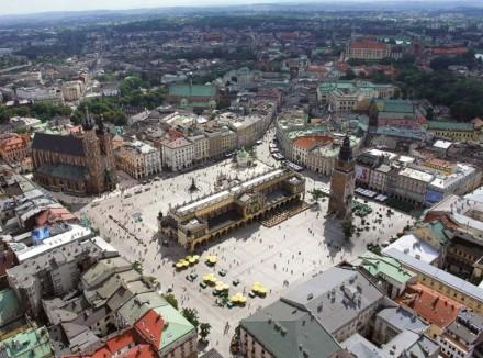 площа ринок в Кракові, Сукенніце, що відвідати в кракові