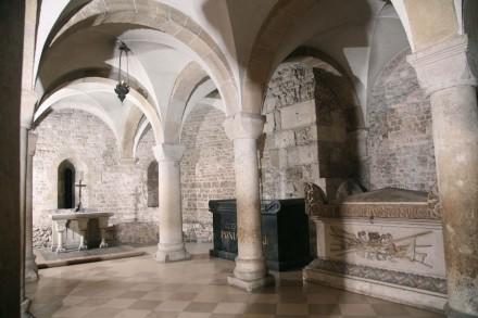 крипта святого леонарда на вавелю