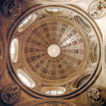 купол каплиці зигмунда на вавелю