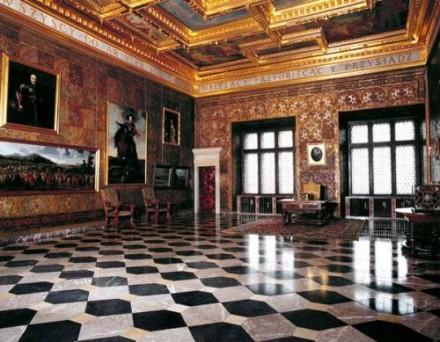 Королівські палати на Вавелю, Краків
