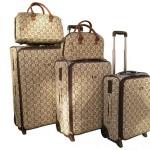 Як вибрати валізу на колесах?