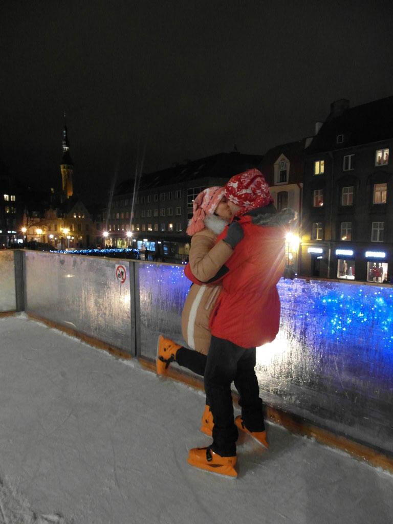 Поцілунки на льодовому катку, Таллін