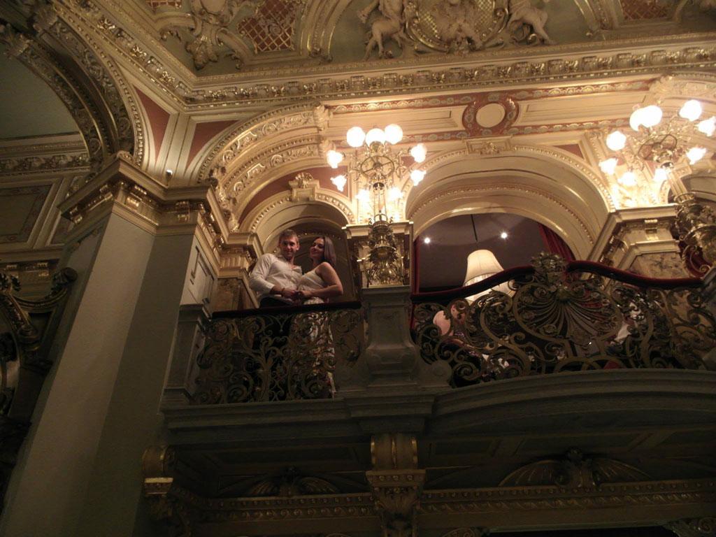 Кафе в оперному театрі, Будапешт
