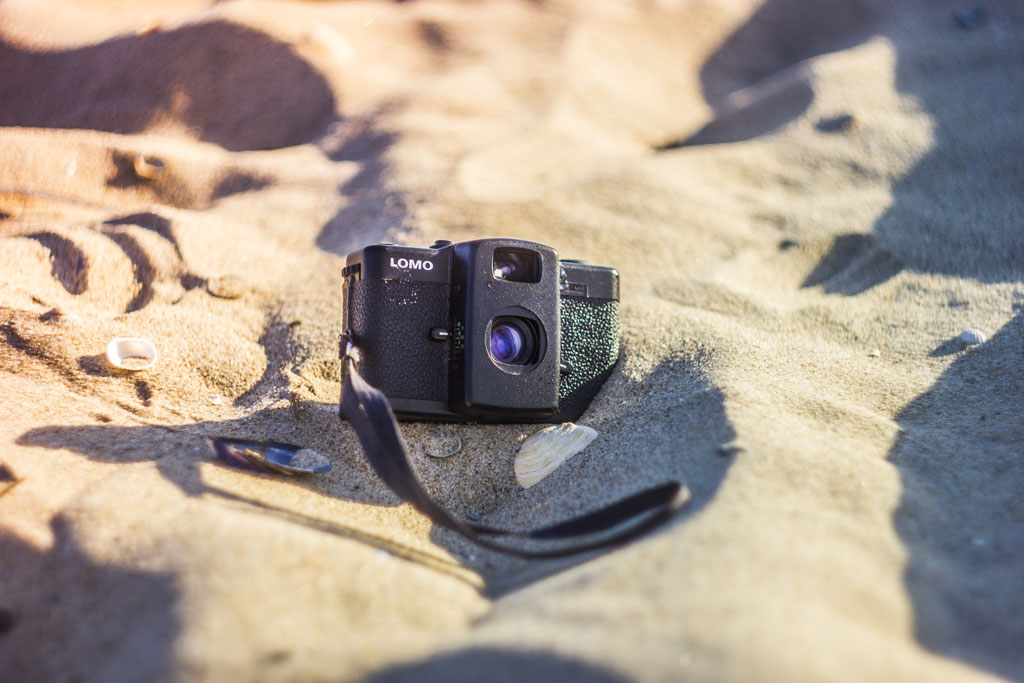 фотокамера ломо на піску