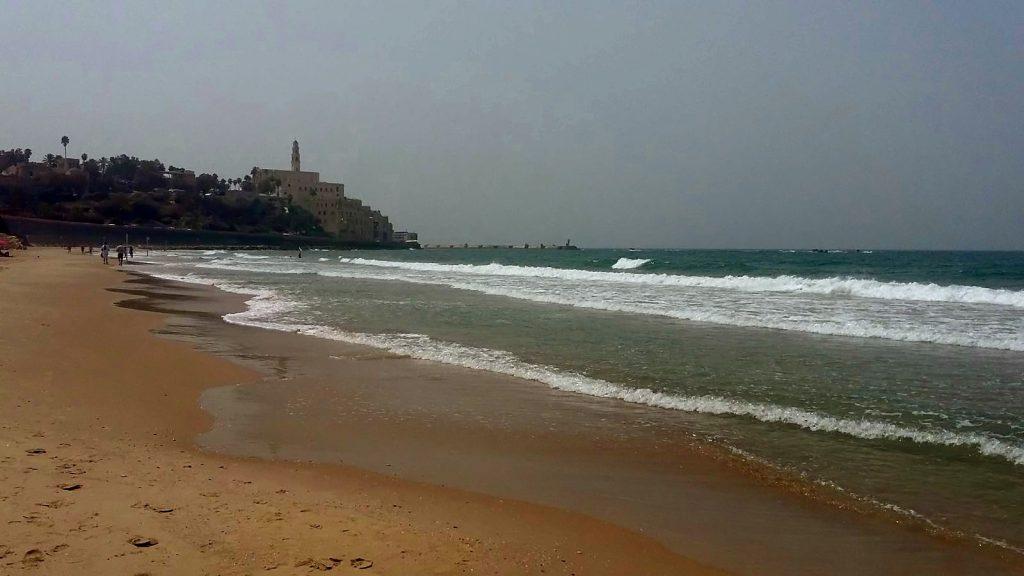 Пляж в Тель-Авіві